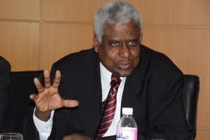 Personne n'évoque la responsabilité constitutionnelle des Premiers ministres / Par Béchir Fall, juriste