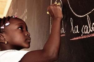 Afrique : l'Unesco s'inquiète de la déperdition scolaire des filles