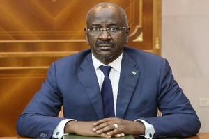 Le ministre de l'intérieur : « nous étudions la possibilité de lever le couvre-feu et notre objectif est de protéger le pays »