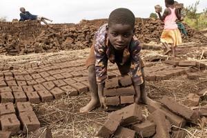 Vidéo. Hausse du travail des enfants depuis vingt ans :
