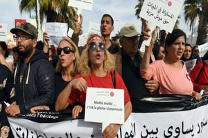 Les Tunisiennes dans la rue pour réclamer l'égalité dans l'héritage