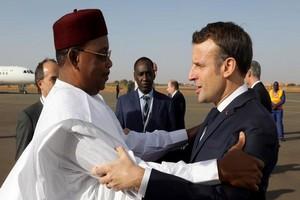 Pourquoi Emmanuel Macron réunit-il les présidents du G5 Sahel ce lundi à Pau ?