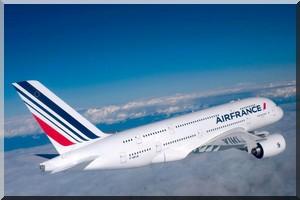 Depuis 48h, un Vol AF 727 d' Air France immobilisé sur le tarmac de l'aéroport de Nouakchott en Mauritanie