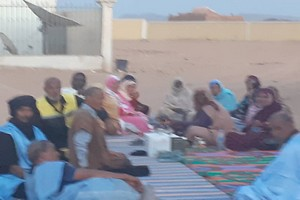 Bir Moghrein : Manifestation contre le poison des orpailleurs