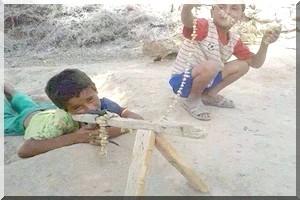 Mauritanie, Camp Mberra : les mouvements islamistes recrutent des enfants soldats parmi les réfugiés maliens
