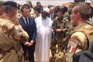 Afrique – France : Emmanuel Macron bientôt aux commandes du G5 Sahel ?