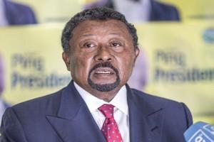 Gabon: l'opposant Jean Ping lance un appel à la désobéissance civile