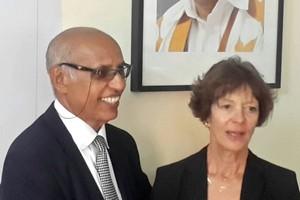 Son Excellence Mme Carola MULLER-HOLTKEMPER hôte au Bureau du Marathon International de Nouadhibou