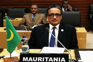 La crise libyenne : la Mauritanie propose ses bons offices