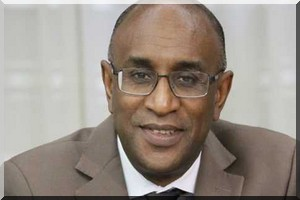 Dissensions au sein de l'ordre des médecins, pharmaciens et dentistes après la décision du ministère de geler les activités de l'ordre