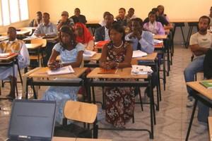 Les deux Nouakchott, entre luxe, misère, rigorisme et excès