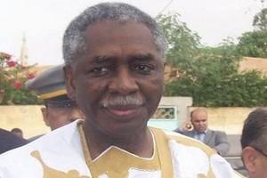 Wali Diantane : le patron des armées mauritaniennes s'est recueilli sur la tombe de Ba Mamadou M'Baré