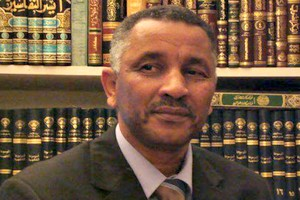 Attention! Monsieur le président par Mohamed Hanefi
