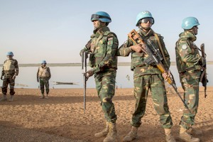 Mali: trois casques bleus de l'ONU tués par des hommes armés (Minusma)