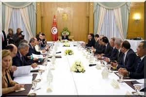 Tunisie retour au calme selon le minist re de l 39 int rieur for Ministere exterieur tunisie