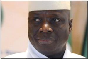 Présidentielle en Gambie : le président Jammeh reconnaît son échec