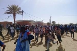 Tidjikja : Violente manifestation contre la nouvelle tarification des actes médicaux et chirurgicaux [En Images]