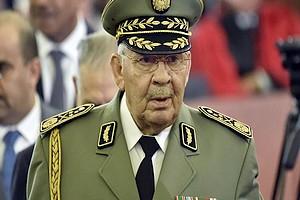 Algérie : le chef d'état-major, le général Ahmed Gaïd Salah, est mort