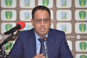 CAF: la bataille fait rage entre Ould Yahya et Motsepe