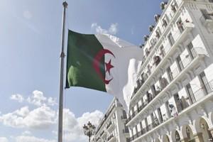Deux cents députés algériens bloquent l'accès de l'Assemblée à son président