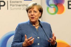 A Ouagadougou, Angela Merkel appelle à aider les pays du Sahel dans leur lutte contre le terrorisme