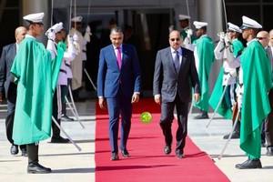 Invité en Egypte pour le sommet euro-arabe le président Aziz se rend au Burkina Faso