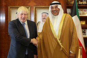 Londres exhorte les pays arabes à lever le boycottage du Qatar