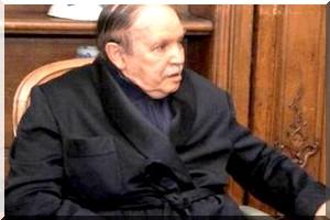 Les Algériens s'interrogent sur un retrait anticipé du président Bouteflika