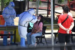 Covid-19 : plus de 680 000 morts dans le monde, l'OMS prévoit une pandémie
