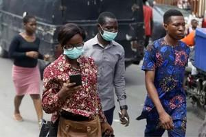 Coronavirus : « Un scénario catastrophe est de l'ordre du possible »