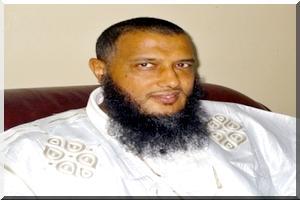 Ould Dedew met aux enchères le turban d'Ould Adoud pour soutenir la Palestine