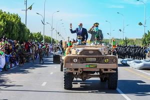 Le président Ghazouani décide une augmentation substantielle de la retraite des forces armées et de sécurité
