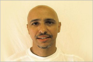 Le président Ghazouani reçoit l'ex détenu de Guantanamo Ould Sellahi