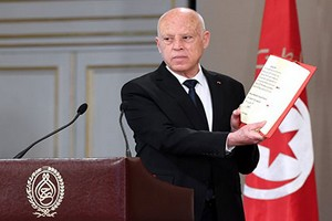 Tunisie: qui veut tuer Kaïs Saïed?