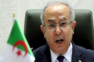 Ramtane Lamamra : « nous préparons un sommet entre les présidents mauritanien et algérien »