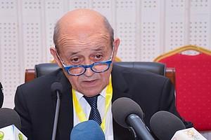 Le ministre français des affaires étrangères inquiet à propos de la fermeture de Ghergaratt