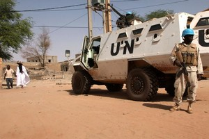 ALERTE - Mali : un casque bleu tué et une dizaine de blessés dans une attaque