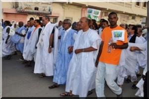 Mauritanie: des milliers de manifestants à Nouakchott contre un changement de Constitution