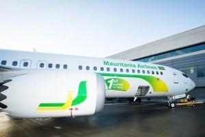 Le premier vol touristique de la Mauritania Airlines atterrit à Atar