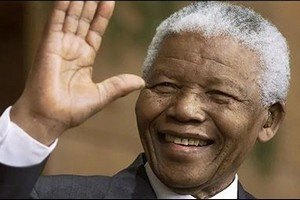 L'Afrique du Sud piétine la mémoire de Nelson Mandela et a la mémoire courte