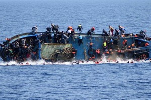 Mauritanie: naufrage d'un bateau avec une quarantaine de migrants, un seul survivant