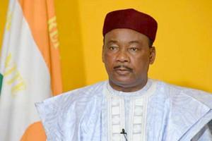 Le président nigérien Mahamadou Issoufou prend la tête du G5 Sahel