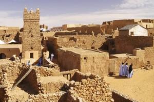 Le Maroc offre une mosquée à la ville de Chinguetti en Mauritanie