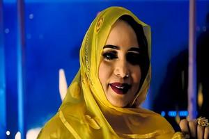 Mouna Dendeni collabore dans une chanson contre les violences faites aux femmes pendant la Covid-19