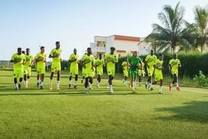 Sénégal vs Mauritanie : Premier galop d'entraînement des Mourabitounes à Saly