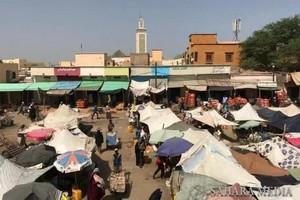 Des perturbations au niveau du point de passage d'ELKARKARATT inquiètent les commerçants mauritaniens
