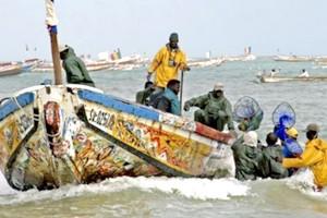 Incendie à bord d'une pirogue à Nouadhibou: un disparu en mer et 3 blessés