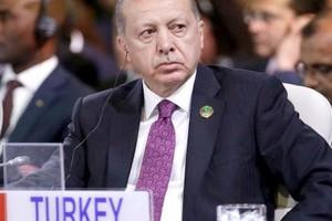 Affaire Khashoggi : Erdogan dédouane le roi d'Arabie saoudite mais pas le prince héritier