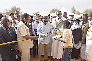 Photos : Le Directeur Général de TADAMOUN inaugure des établissements scolaires à Néma et Djiguenni