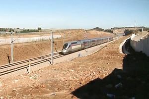 Le TGV marocain sera inauguré le 15 novembre avec Emmanuel Macron